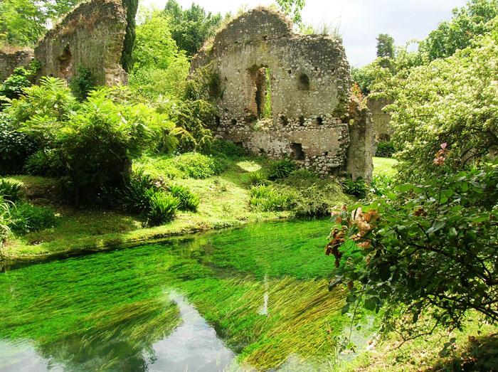 i giardini di ninfa roma férgek szoptatás ideje alatt